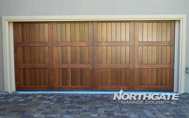 CS0025: Stain Grade Clear Western Red Cedar, Vertical Vgrooves Panel, 3000.